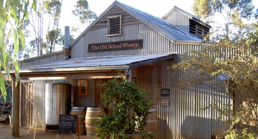 cropped-old-school-winery-alt.jpg